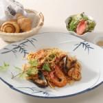 鮮魚のトマト(ペスカトーレ) 1,400円